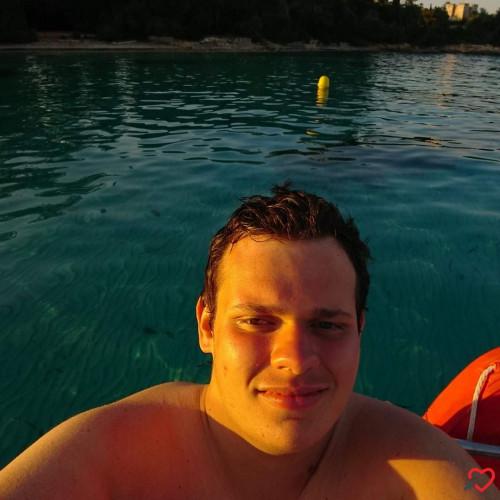 Photo de Bentel, Homme 24 ans, de Marseille Provence-Alpes-Côte-dʿAzur