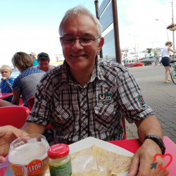 Photo de Didier, Homme 60 ans, de Saint-Laurent-de-Terregatte Basse-Normandie