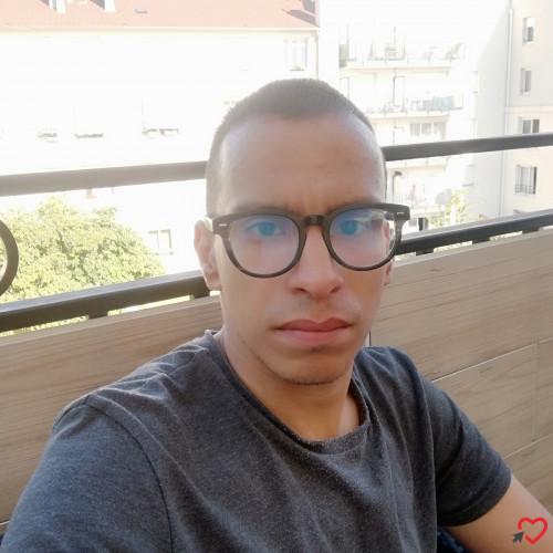 Photo de MohaMed, Homme 31 ans, de Aulnay-sous-Bois Île-de-France
