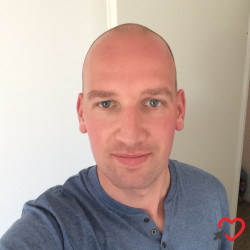 Photo de Cyril, Homme 33 ans, de Senlis Picardie