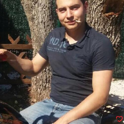 Photo de Paul83400, Homme 26 ans, de Hyères Provence-Alpes-Côte-dʿAzur