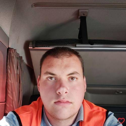 Photo de Loulou10, Homme 19 ans, de Troyes Champagne-Ardenne